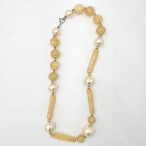 Jewelry - Beaded necklace costume jewelry